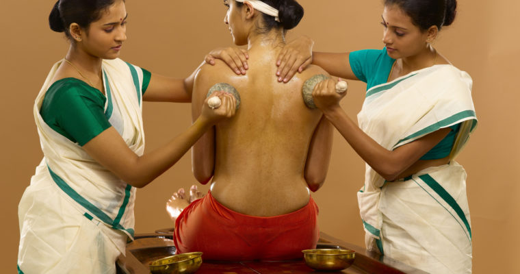 Kizhi Massage: Joint Pain Management Therapy